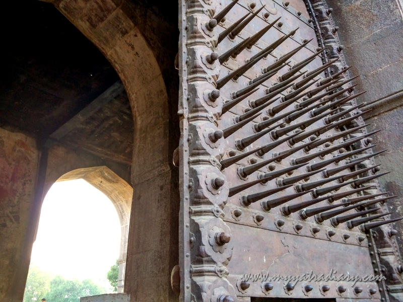Spikes of Dilli Darwaza at Shaniwar wada fort, Pune