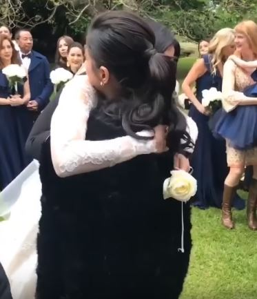 Angel Locsin Hugged and Congratulated Anne Curtis on her Wedding Angel Locsin Hugged and Congratulated Anne Curtis on her Wedding