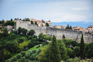Perugia's Etruscan walls were a formidable barrier
