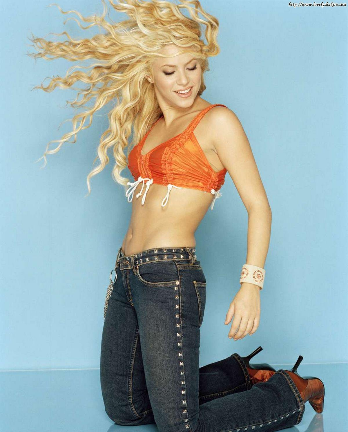Shakira Hot And Sexy Pics