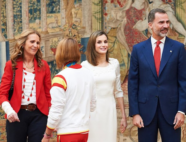 Rio 2016 Olympic and Paralympic medalists at El Pardo Palace, Letizia wore Felipe Varela Dress and Magrit sandals