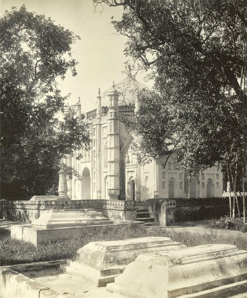 The mausoleum of Khoja Anwara - Burdwan (Bardhaman), Bengal, 1904