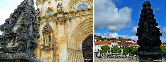 Detalhes decorativos do Mosteiro de Alcobaça e ruínas do castelo medieval de Alcobaça