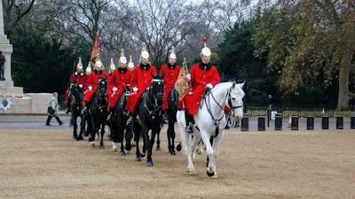 www.viajandoportodoelmundo.com  Cambio de Guardia Londres