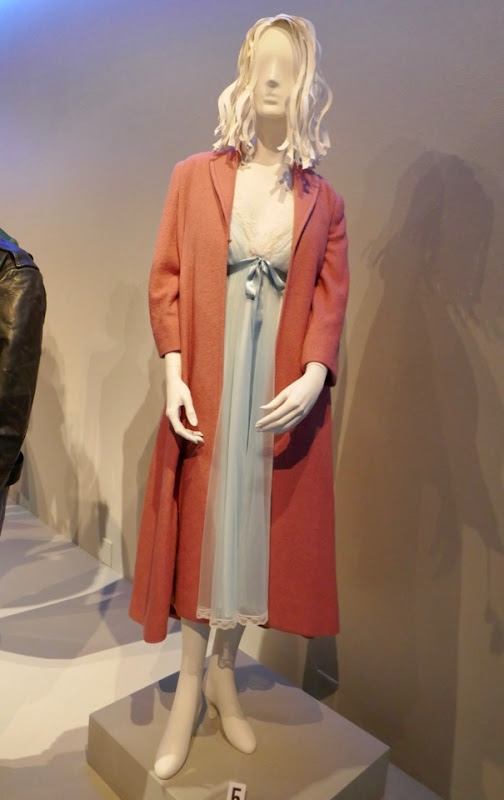 Rachel Brosnahan Marvelous Mrs Maisel Midge costume