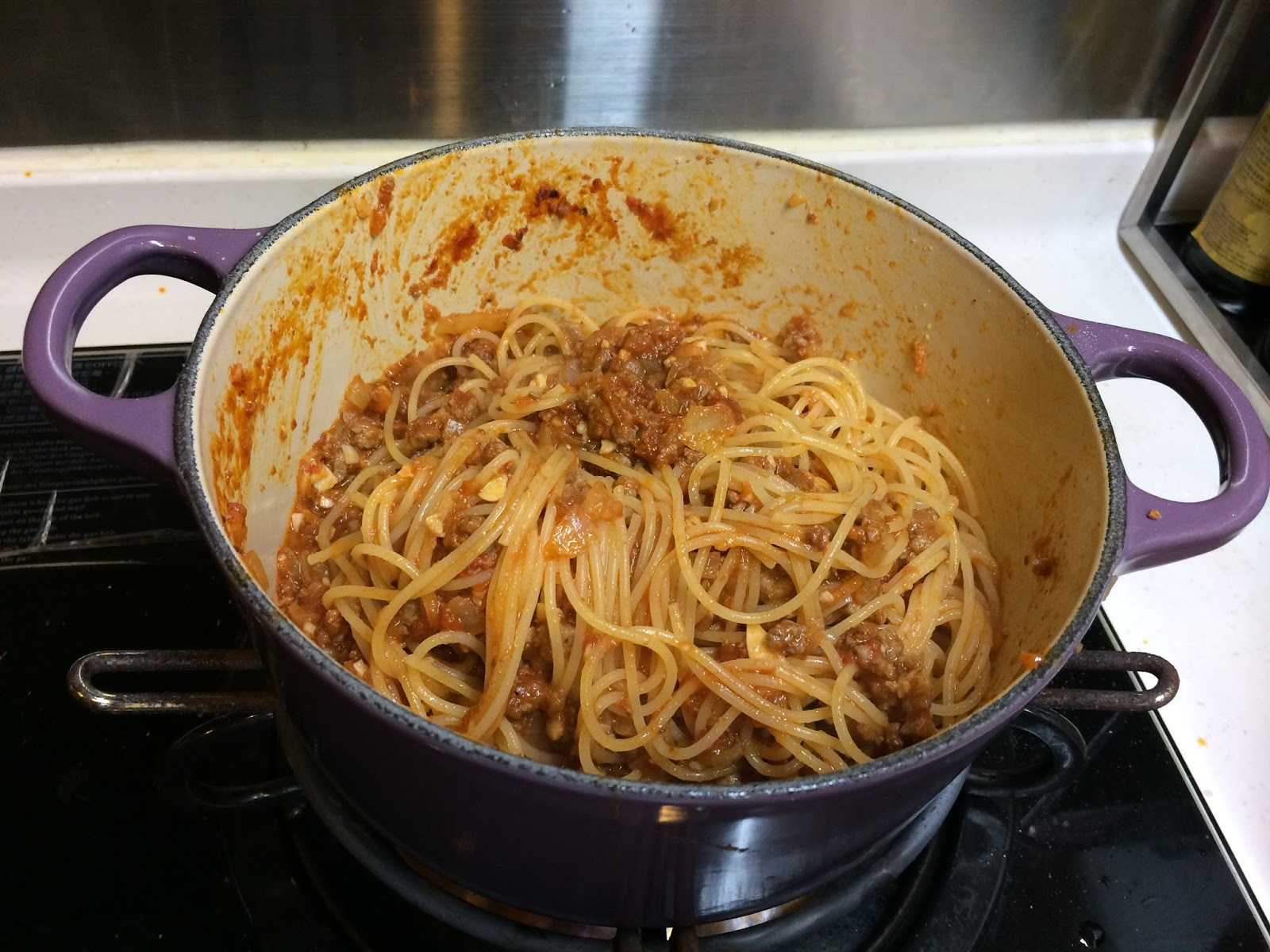 ~CANDICE KITCHEN~自家浪漫美食行: 在家輕鬆吃西餐:簡易意式水煮蛋波隆那肉醬天使麵 (附食譜)