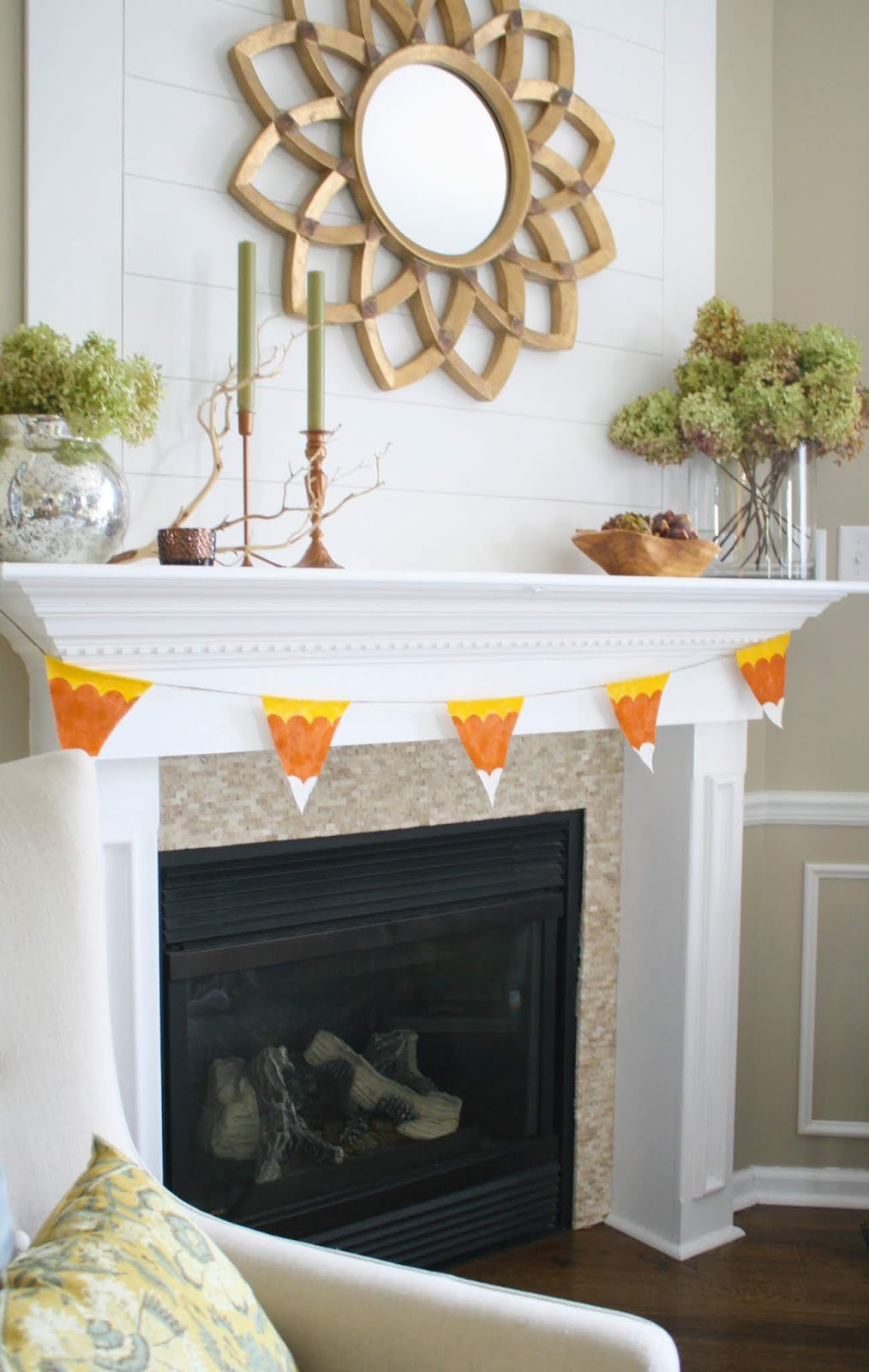 DIY candy corn bunting for fall