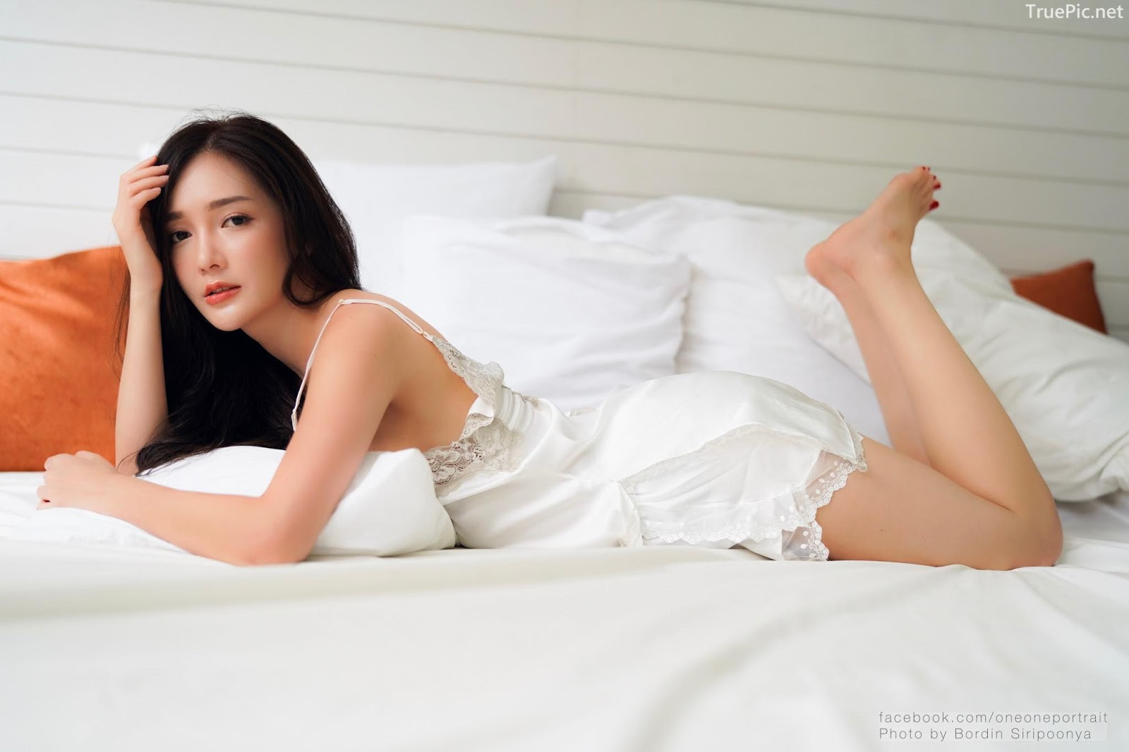 Thailand sexy model Rossarin Klinhom - Photo album Oversleeping - Picture 2
