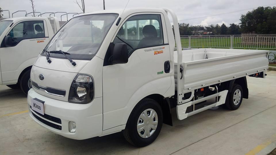 Xe tải Thaco K200 màu trắng tại Hải Phòng thùng lửng dài 3.2 mét