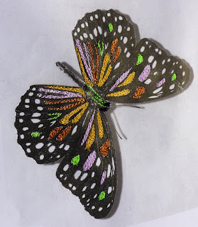 bidulafil broderie papier piqué libre entomojoly