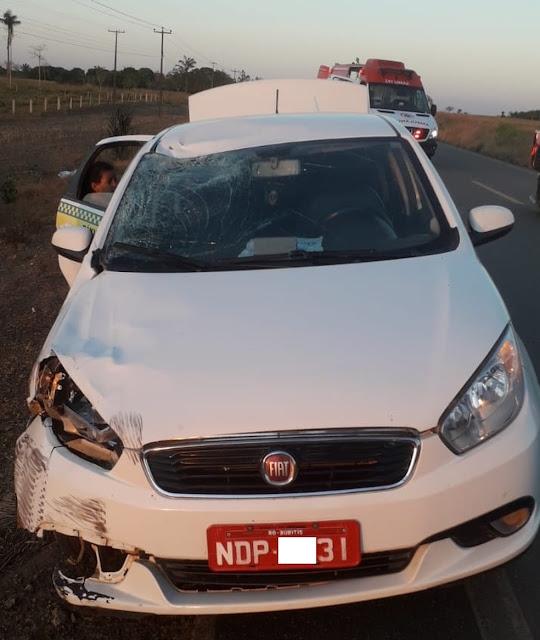 Ciclista morre ao ser atropelado por táxi na BR-421, em Rondônia
