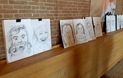 expositie tentoonstelling karikatuur portret tekeningen tegen de muur