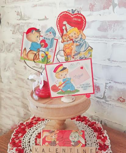 How to Display Vintage Valentines