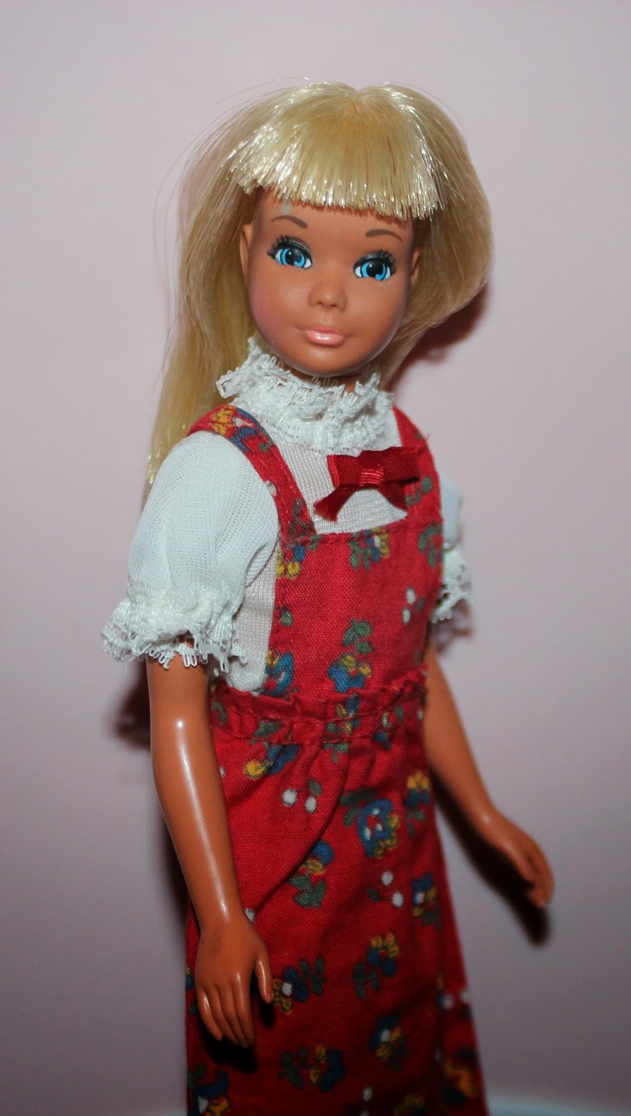 The Dolls Between Us: PLANET OF THE DOLLS: Doll-A-Day 260: Malibu Skipper