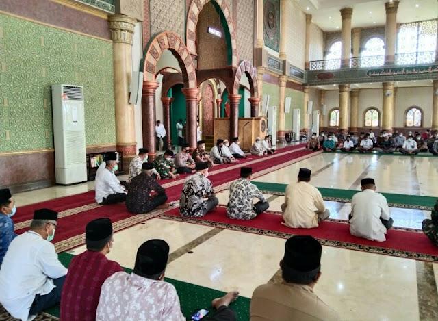 Mewakili Dandim 0105/Abar, Lettu Inf Khaerul Zein, S.H., Hadiri Peringatan Turunnya Al - Qur'an