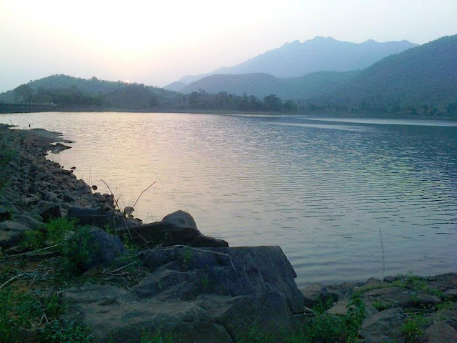 Topchanchi Lake (Dhanbad Jharkhand) Topchanchi lake ! dhanbad famous for ! topchachi jhil ! topchanchi wild life sanctuary! picnic in dhanbad! hill stations near dhanbad! Tourist place