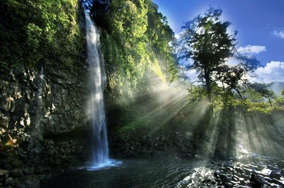 Wisata Padang Lembah Anai