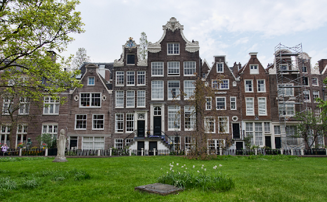 Dicas sobre o Jardim Begijnhof em Amsterdã