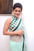 Yamini Bhaskar latest glamorous photos-thumbnail-5