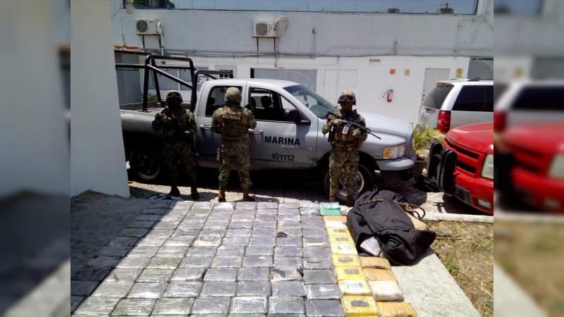 Aseguran cargamento de cocaína con valor de 271 mdp oculto en un camión en Tabasco