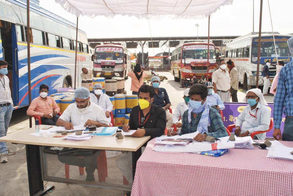 Jhabua Samachar- Jhabua Live News- मध्यप्रदेश सहित अन्य राज्यों के 6 हजार श्रमिक पहुंच चुके है अपने गंतव्य स्थल