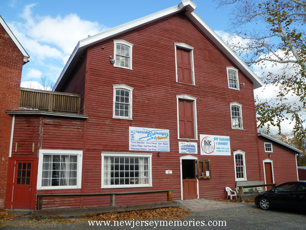 Red Frame Mill, Belvidere, New Jersey