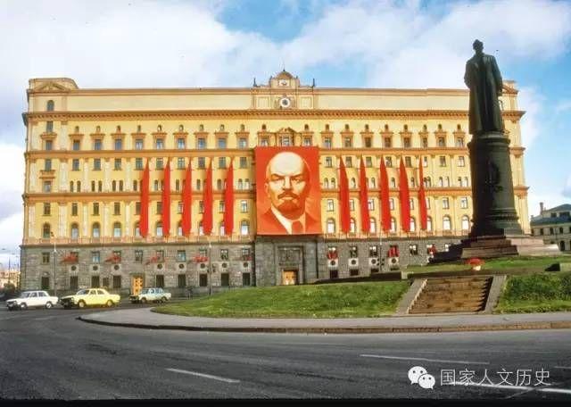 勃列日涅夫时代:在笑话中和苏联一起陷入泥潭