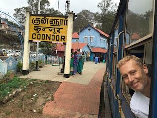 coonoor train bleu inde