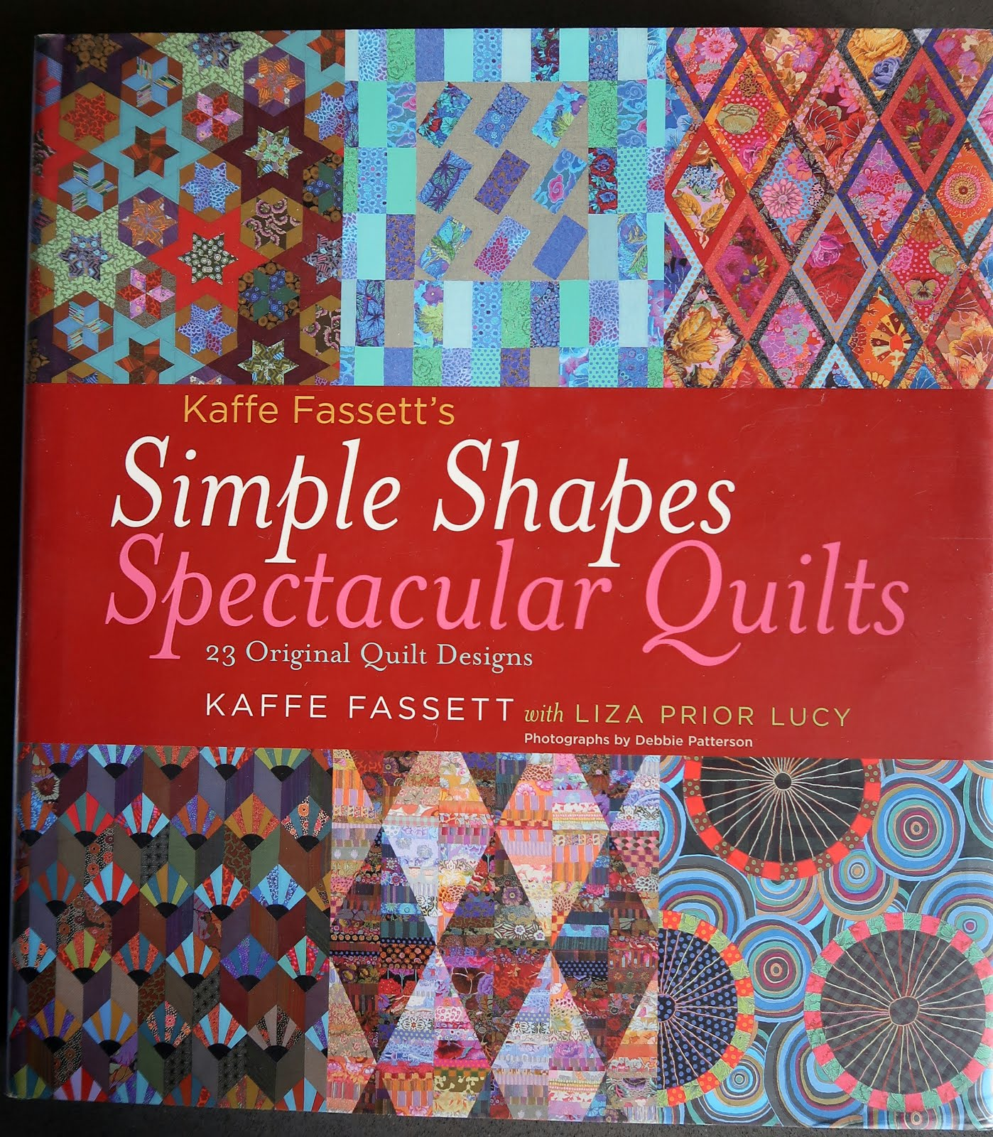 Kaffe Fassett: Simple Shapes, Spectacular quilts (click!)