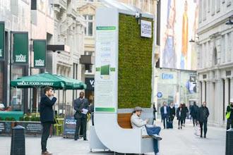 Banco que absorve mais poluição do que pequena floresta é instalado em Londres