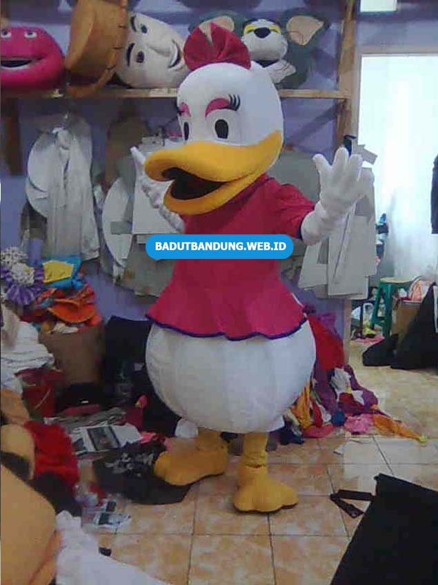 Badut Daisy Duck