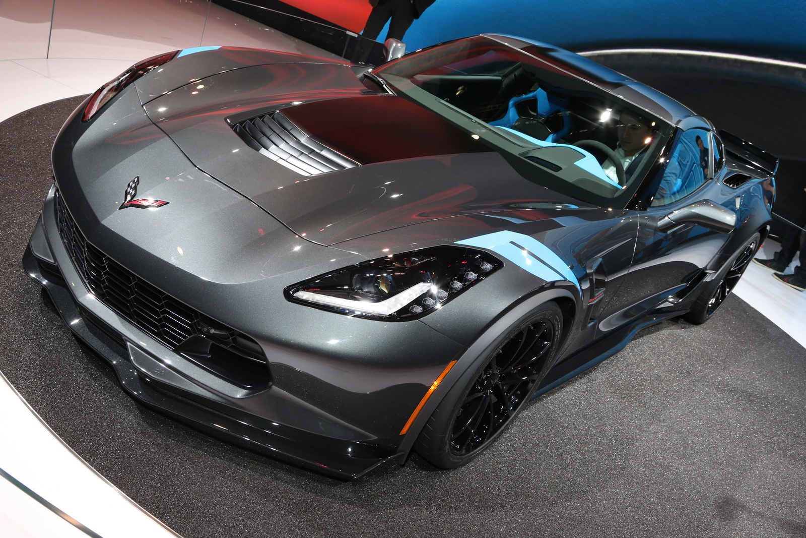 New 2017 Corvette Grand Sport Brings Zo6 Goodies To