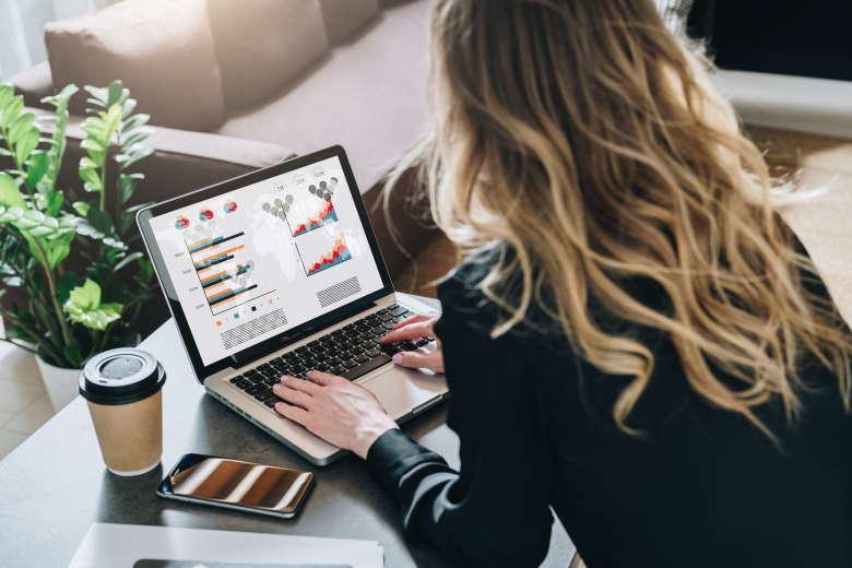 Cursos de marketing online licencia Adobe Stock para Homodigital