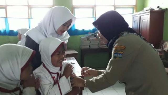 Diduga Mengandung Zat Haram, Tidak Halal, Orangtua di Jawa Tengah Menolak Vaksin MR