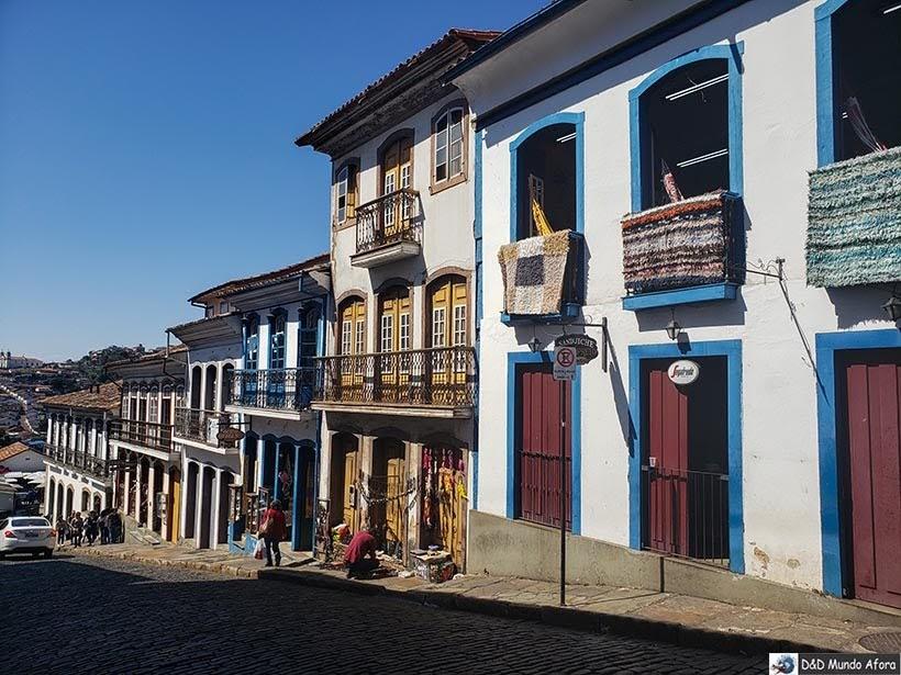 Rua Direita - Passeio de jardineira em Ouro Preto