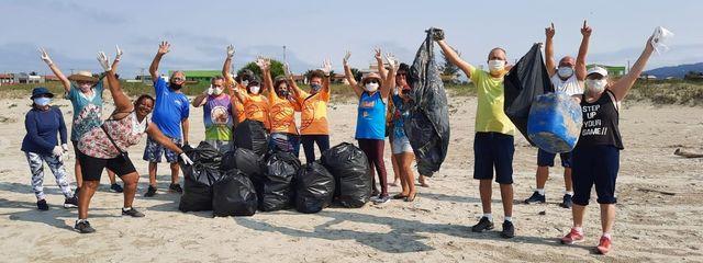 Com mutirões de norte a sul, Ilha Comprida recolheu cerca de duas toneladas de lixo