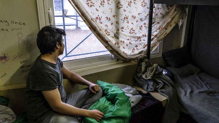 Μαρτυρίες μέσα από το ΚΥΤ στο Φυλάκιο Έβρου