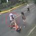 Mulher é atacada por pitbull para salvar seu cachorro em via pública; veja vídeo