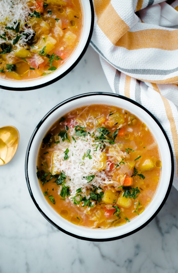 Slow Cooker Winter Minestrone Lentil Soup | Land of Honey