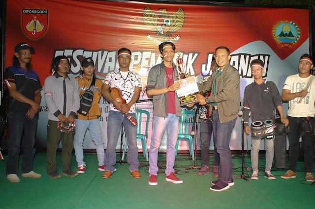Kodim 0725//Sragen - Dandim Sragen Gelar Festival Musik Jalanan Untuk Para Pengamen