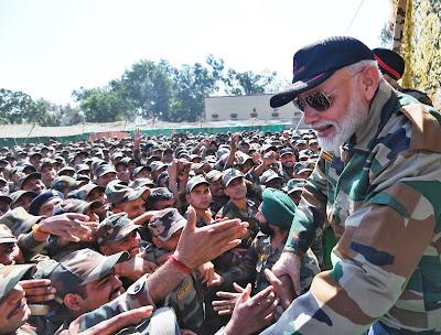 PM Modi celebrate diwali with Indian Army