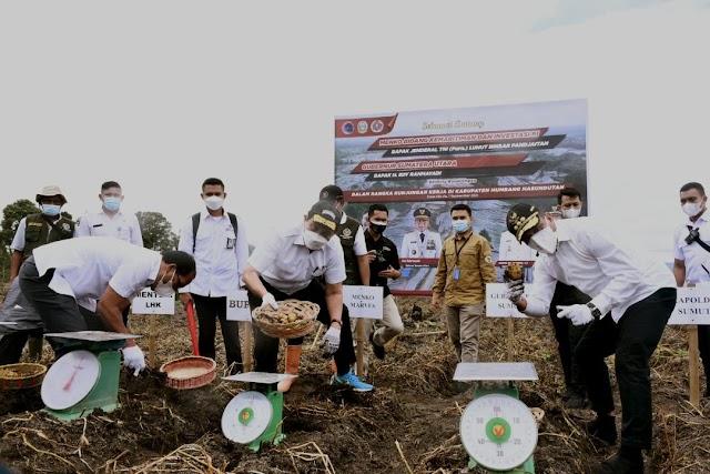 Panen Meningkat, Luhut Pandjaitan: Food Estate Humbahas Sangat Menguntungkan Petani