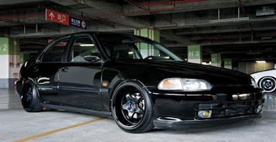 Civic Genio Black Stance