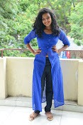 Gayatri sizzling photo shoot-thumbnail-5