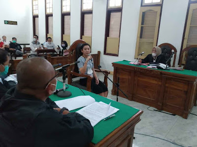 Penasihat Hukum Minta Hakim Perintahkan JPU Nova Jemput Paksa Suami Terdakwa Jeenri, Mangkir 4 Kali