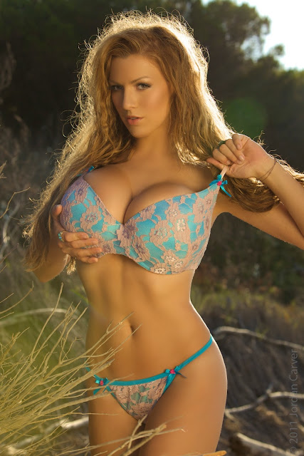 Jordan-Carver-sunrise-hot-sexy-photo-shoot-hd-image-26