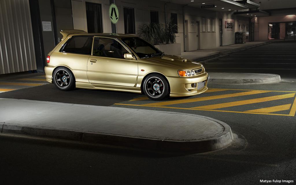 Toyota Starlet GT Turbo, hot hatchback, samochody JDM, szybkie małe auta
