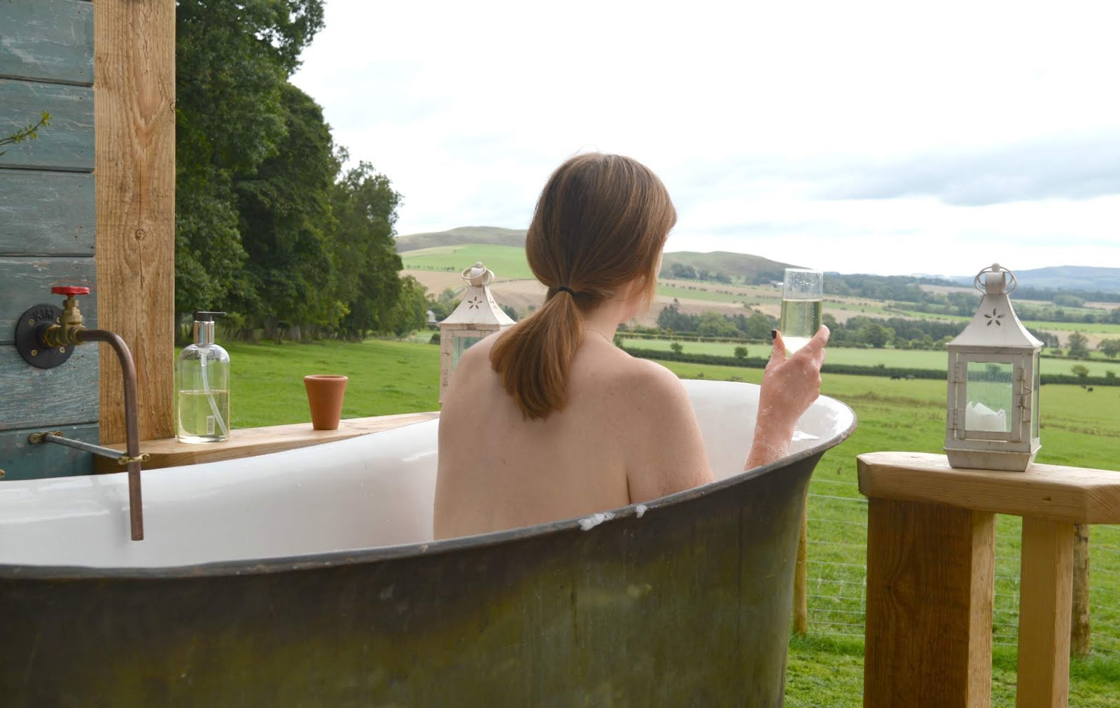 Huts in the Hills, Northumberland Luxury Glamping - Bath Tub