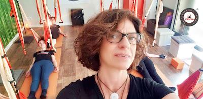 Cristina Condés, profesora yoga aéreo
