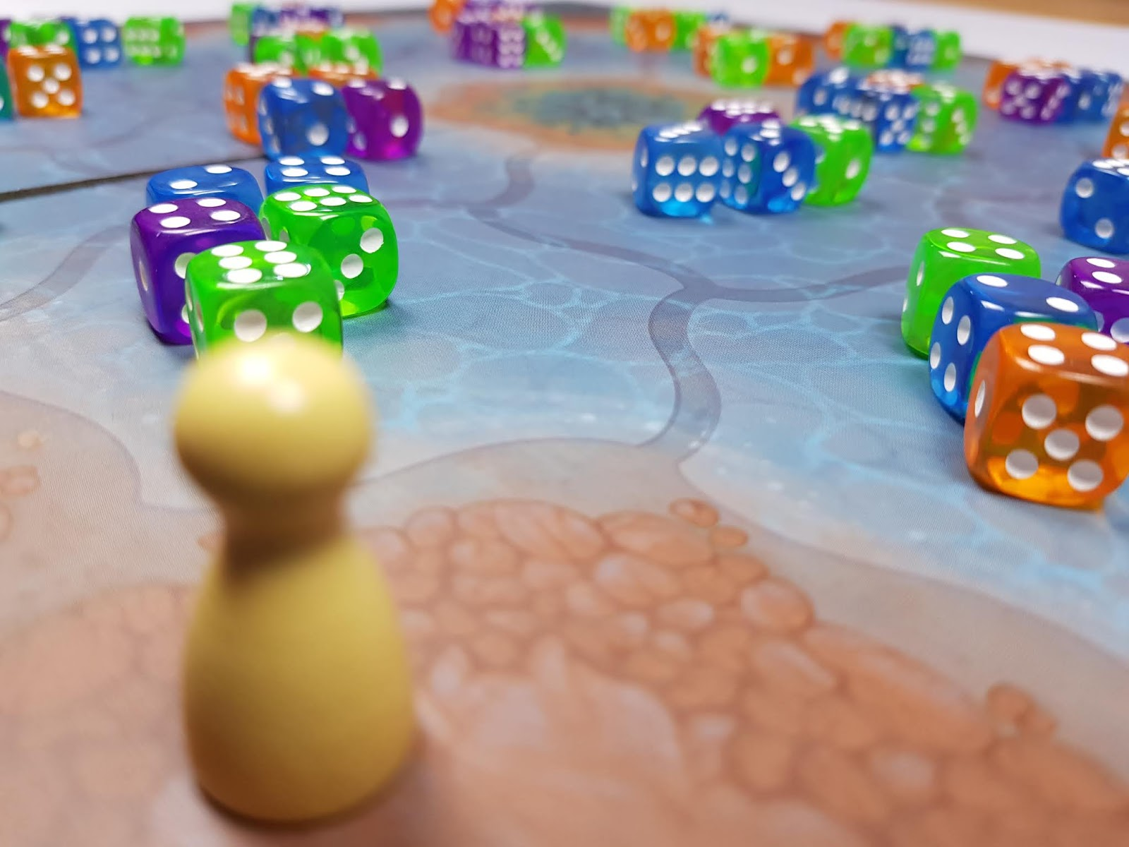 The Game Shelf A Glowing Review Noctiluca